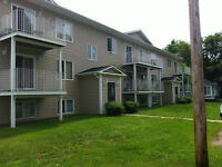 WOODSTOCK, N.B.  LARGE 2 BEDROOM APT