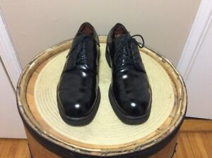 Chaussure Rockport style Dr Martens pour homme 11 US