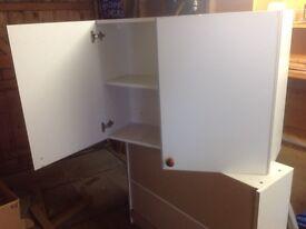 Kitchen cabinets x2