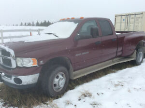 2003 Ram 3500 Dually excellent condition.