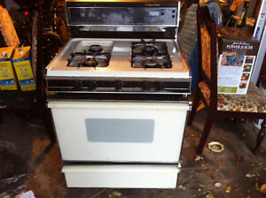 i am selling used gas stove good condition working fine
