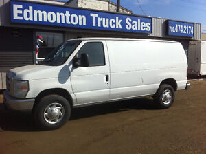 2010 Ford E-350 XL CARGO VAN (FIN/LEASE)