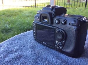 LIKE NEW Nikon D300