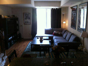 One Bedroom available in three bedroom house - April 1st - Bloor