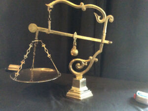 balance scale mdcv solid brass antique et decorative