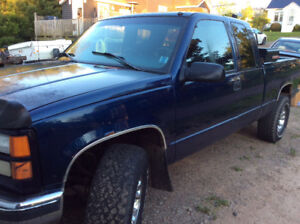 1998 GMC extended cab heavy half 4X4 with plow
