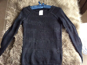 Cute black Ivivva long sleeve top sweater cover-up size 10