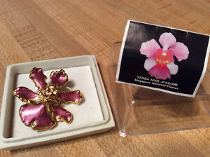 Singapore orchid brooch/pendant