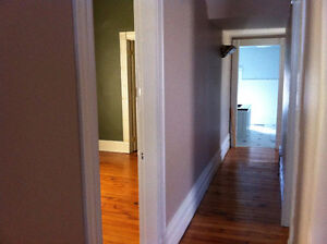 Rooms for rent in London - downtown heritage home London Ontario image 7