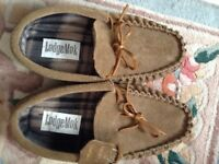 LEATHER MOCCASINS SLIPPERS size 8