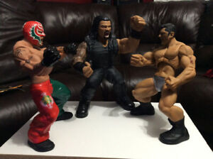 WWE WRESTLING ACTION FIGURES ROMAN REIGNS BATISTA & RAY MYSTERIO