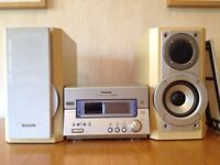 Panasonic CD / MD Stereo system SC-PM65MD