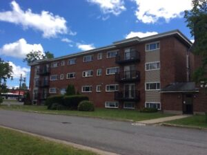 **UPTOWN** 2 Bedroom- Heat and Hot Water INCLUDED-Jan 4
