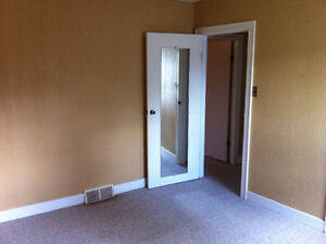 Roommate Wanted for Shared Accommodations Regina Regina Area image 3