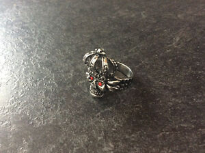 Stainless Steel Skull Ring with Red Eyes & Crown Kingston Kingston Area image 3
