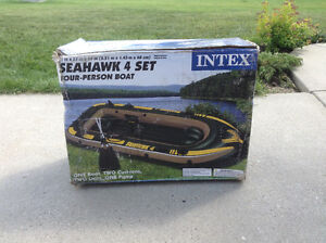 Seahawks 4 Inflated Boat Set