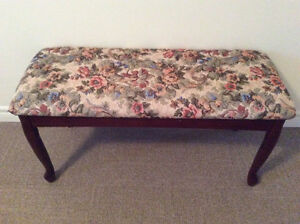 Floral print bench