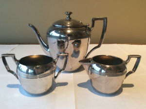 3 PIECE TEA SET BENEDICT PROCTOR PLATED SILVER