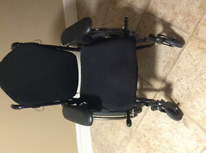 Quickie 2 wheelchair ---- lower priced to move