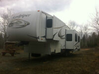2007 35FT Forest River Sandpiper Fifth Wheel