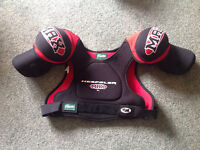 NEW Hockey SHOULDER PADS... Size XL