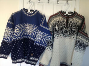 Sweaters - Dale of Norway - XXL and S