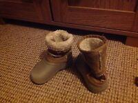 Gumbies boots