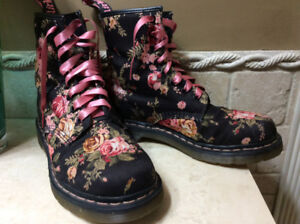 Dr. Martin Roses Boots