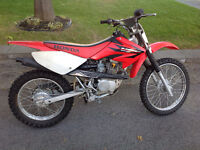 CRF 100 in excellent condition