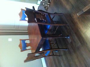 Vintage Table & 6 Chairs