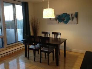 3 1/2 - Fully furnished one bedroom condo with indoor parking