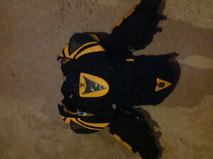 Xl goalie chest protector
