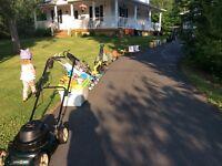 Yard sale 109 Dexter Crescent, Lincoln