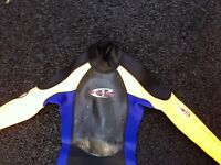 Boys wetsuit xxs (8-10 yrs old)