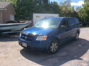 2010 Dodge Caravan SE Sto-in-go 150 kms great service $5995.00