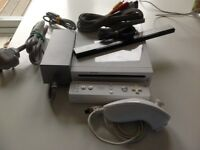 Large Nintendo Wii Console and Games Bundle