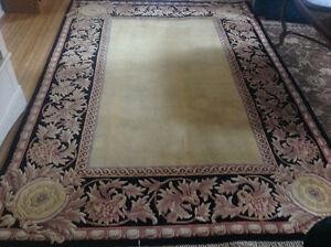 "Beautiful large rug 8' x 5'6"" REDUCED PRICE"