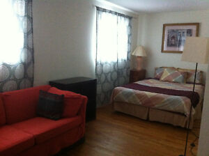 Sunny Master Bedroom, furnished, parking, all utilities inc.