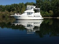 BEAUTIFUL 1997 CARVER 325 MOTOR YACHT -Best Layout For This Size