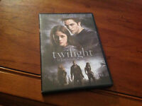 TWILIGHT DVD LIKE NEW!!!!