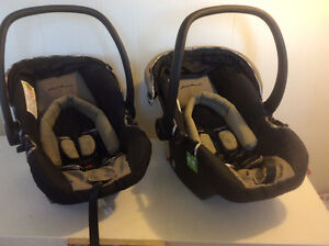 2 car seats with stroller London Ontario image 3