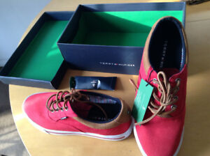 Tommy Hilfiger brand new sneaker in box