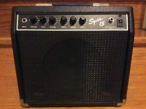 Squier 15 (Fender) Guitar Amp
