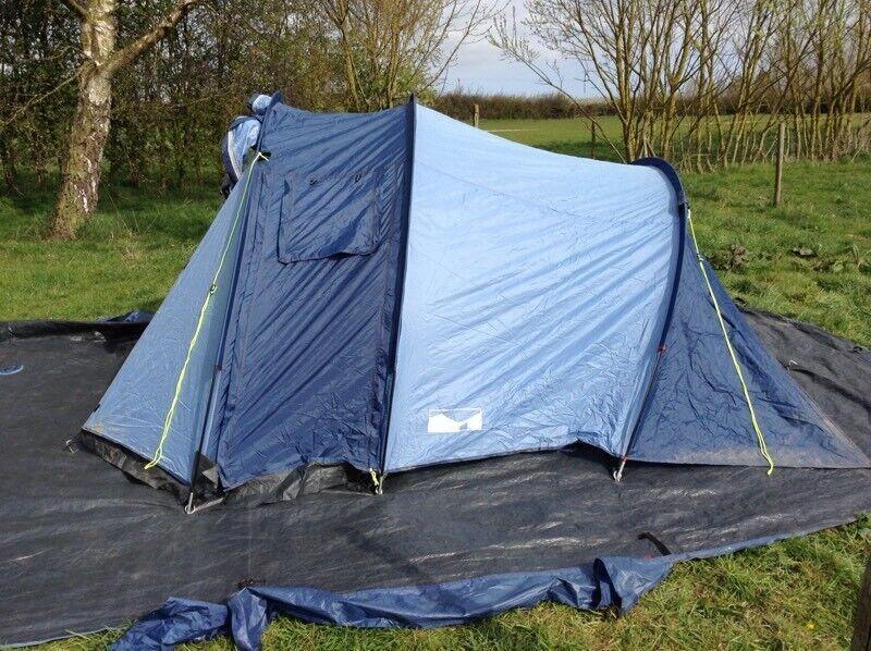 sale retailer bf432 b758f 4 man tent   in Hull, East Yorkshire   Gumtree
