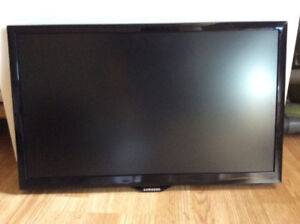 "SAMSUNG 22"" LED TV Monitor"