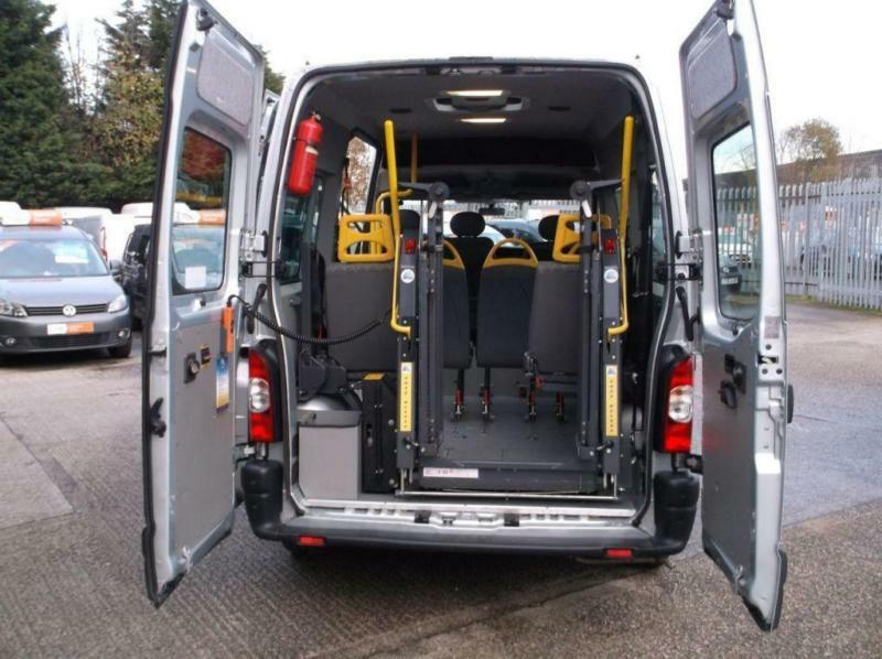 Renault Master 8 Seat Minibus With Wheel Chair Lift Ultra