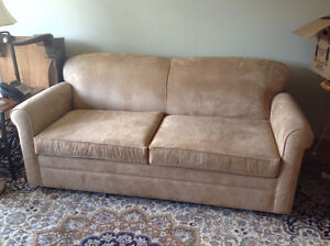 Small Estate Sale--378 The Kingsway M9A3V6--8am--2pm