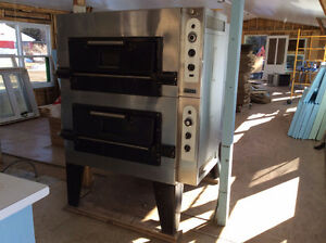 Vintage Commercial Pizza Oven (circa 1950)