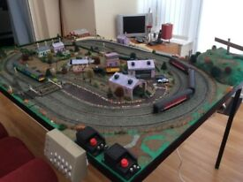 *Heavily Reduced* Hornby 00 Train Layout and rolling stock (trains). Trainset. Trains. Railway.