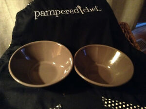 Pampered Chef SMALL GRAYSTONE SERVING BOWL SET